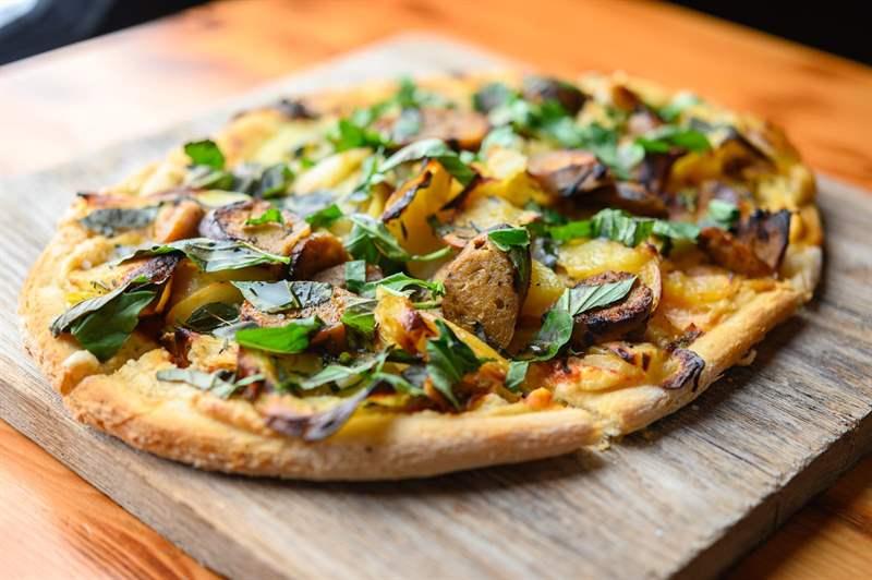 5 star vegan pizza restaurants