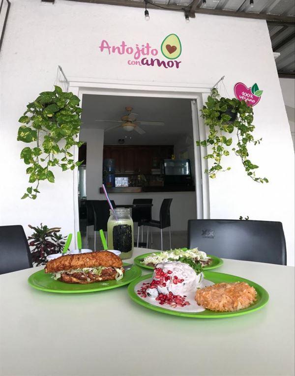 antojito con amor vegan restaurant cancun
